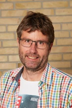 Klavs Frisdahl (KF)