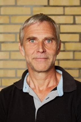 Preben Larsen (PL)